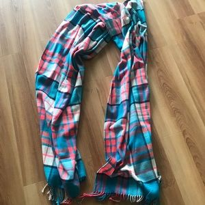 Gap extra soft plaid scarf